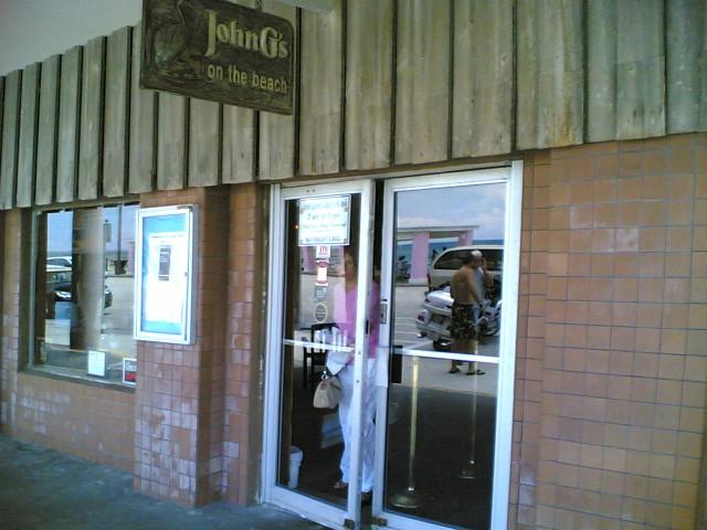 John G's