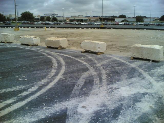 barrier rocks